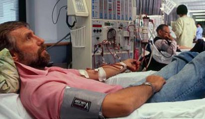 Starting dialysis at a higher eGFR makes no difference in overall survival.