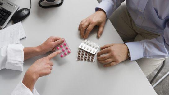 The FDA will add a heart failure warning for medications with saxagliptin and alogliptin.