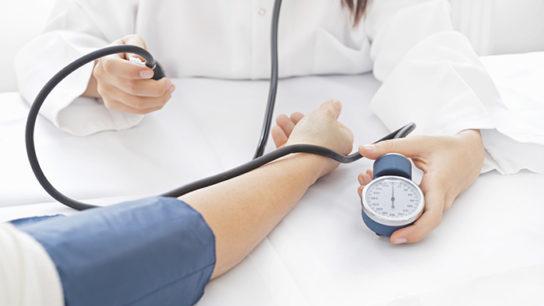 'White coat effect' smaller for nurses than doctors